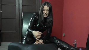 Mistress Sophie in Black Leather Clothes Masturbates Bound Slave – Hello Sexy