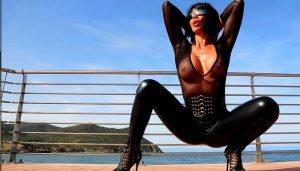 Ultratight Leggings with Francesca Felucci