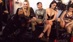 Lady Blackdiamoond – Die Gummipuppen Orgie in Full Rubber Dress Part 3